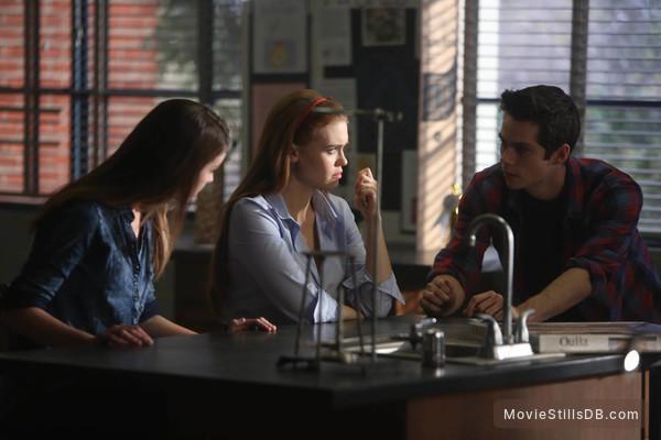 Teen Wolf - Publicity still of Holland Roden, Adelaide Kane & Dylan O'Brien