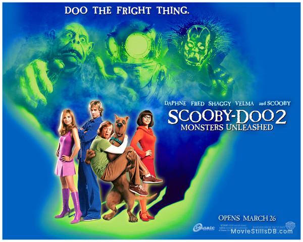 Scooby Doo 2 Monsters Unleashed Wallpaper With Matthew Lillard Sarah Michelle Gellar