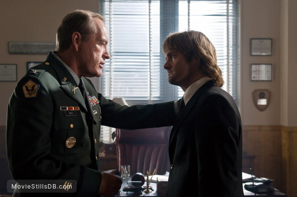 MacGruber - Publicity still of Will Forte & Powers Boothe