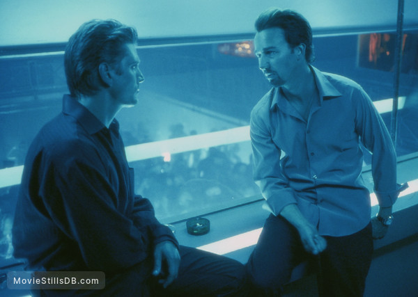 25th Hour - Publicity still of Edward Norton & Barry Pepper